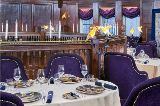 The Baptist Bar & Grill  one of Innerplace's exclusive restaurants in London