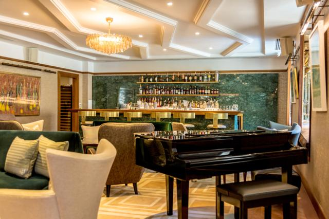 Devonshire Club   one of Innerplace's exclusive bars in London